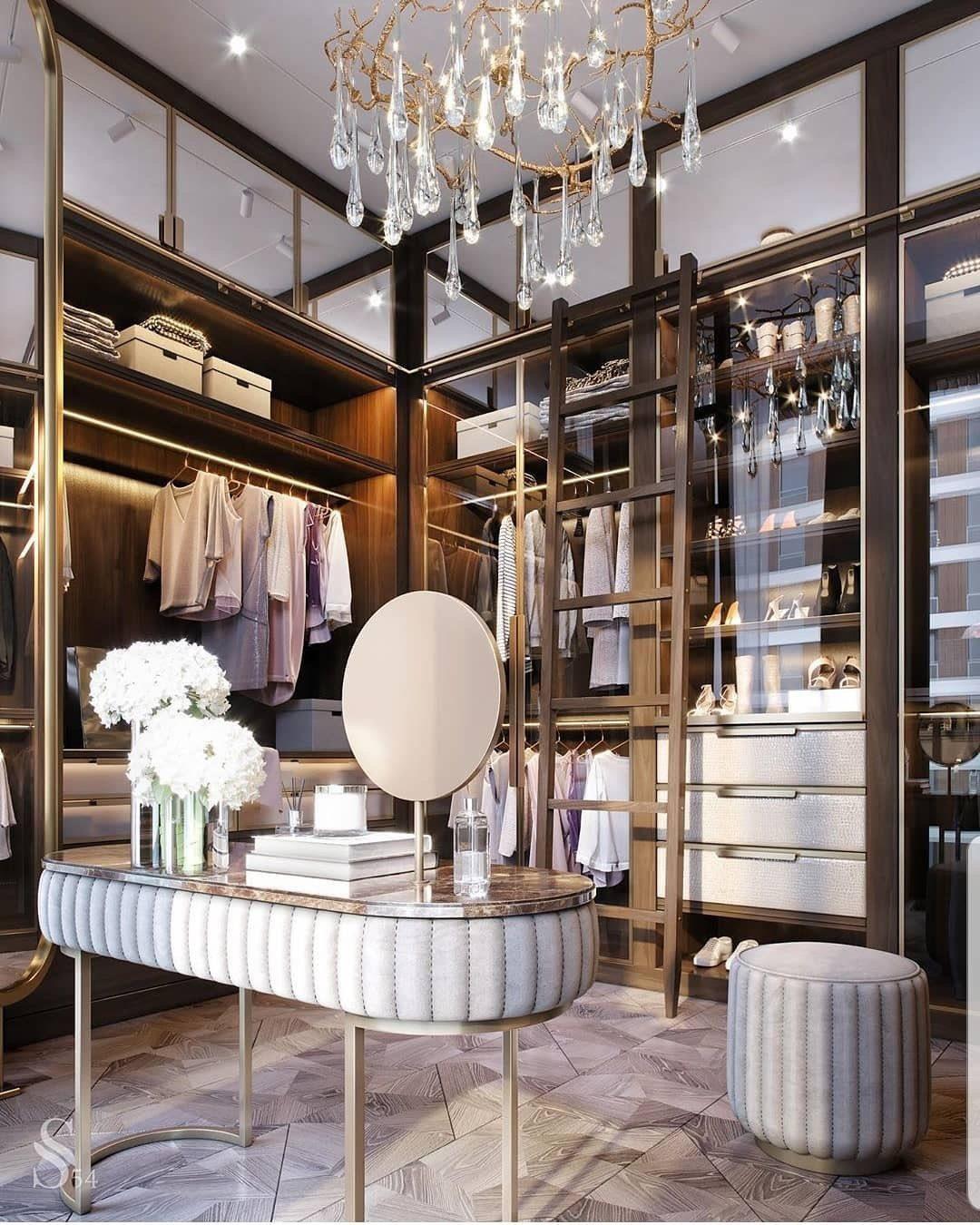 Планируйте свою гардеробную детально, используйте эффективно свободное пространство. И тогда гардеробная прослужит долгие годы, радуя Вас, своей вместительностью